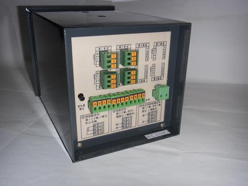 """江苏博远自动化仪表有限公司创建于1988年,是原国家机电部定点生产流量仪表、温度仪表、压力仪表、校验仪表的国家二级企业。企业生产的热工仪表、压力仪表、标准校验仪表、数控仪表、流量仪表广泛使用在石油、化工、电力、冶金、科研以及国防等行业的自动化控制过程中,深受用户欢迎。   企业视信誉为生命,坚持全心全意为顾客服务的方针,连续十年获市级""""重合同,守合同""""企业,市级""""文明单位""""、""""工商免检企业""""等荣誉。   企业以产品质量求生存,建立了比较完善"""