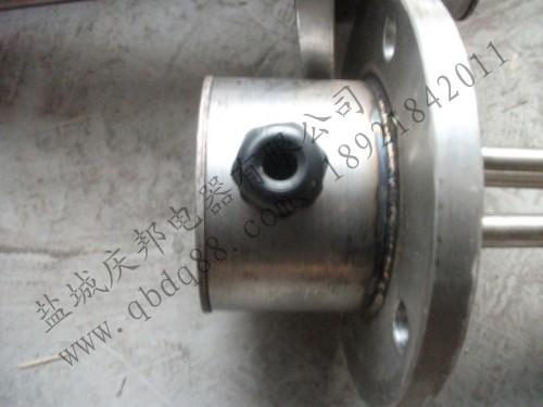 其它加热设备 法兰式加热管  法兰式加热管结构:将多根金属加热管焊接